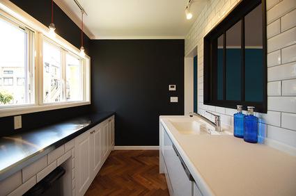 kitchen_s.jpg