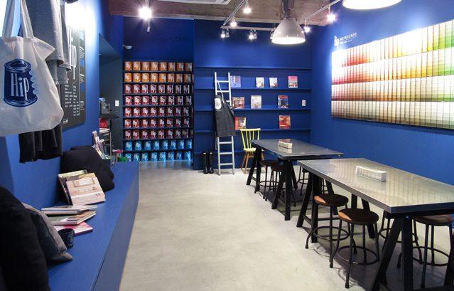 カラーワークス東京ショールーム_塗装色は5000色以上!