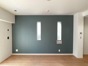 Farrow&Ball_No.299 De Nimes_リビング_apartment56-1F