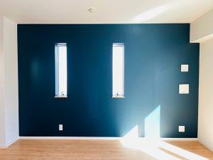 Farrow&Ball_No.31 Hague Blue_リビング_apartment56-3F
