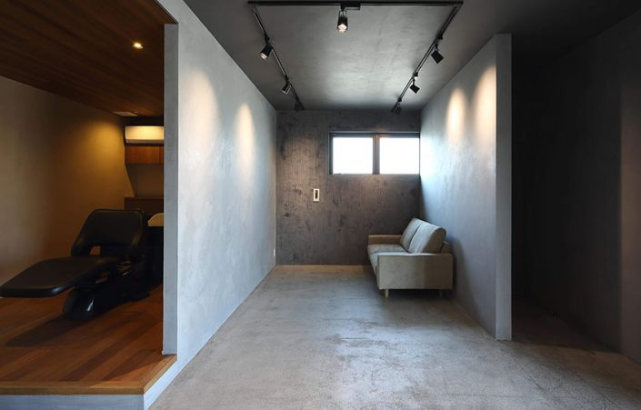 (グレーの壁)VALPAINT_メテオレ10イントナコ_Col.449B(ベージュの壁)VALPAINT_メテオレ10イントナコ_Col.489A